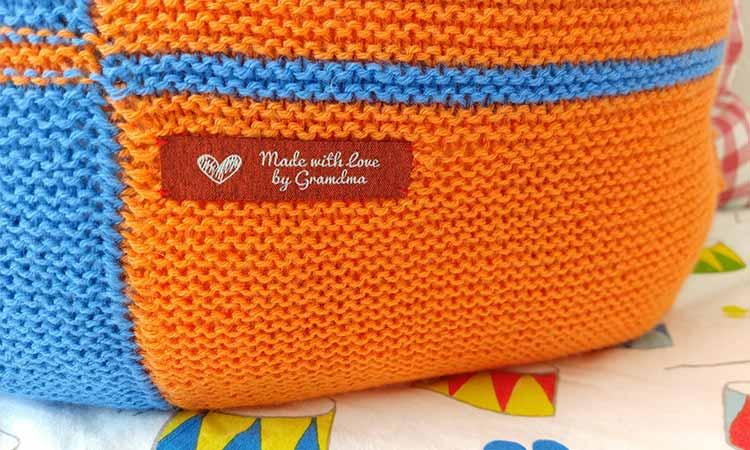 Tutorial fai da te: come lavorare a maglia una fodera per cuscino